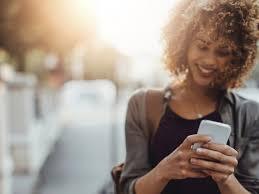Avoir une bonne discussion avec son ex par SMS